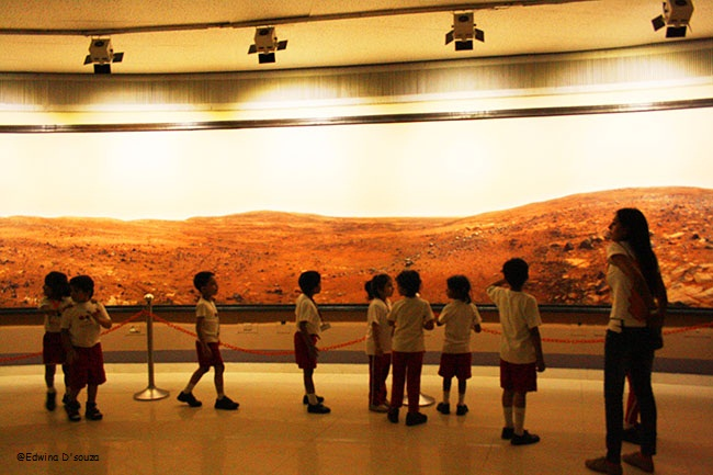 School Kids touring the Planetarium