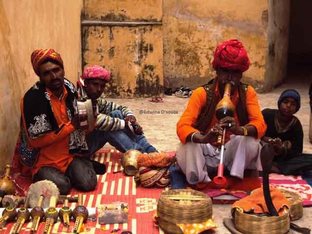 Snake charmers inside Amber fort