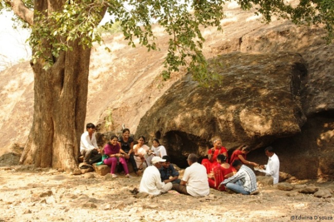 A family having picnic at Sanjay Gandhi National park