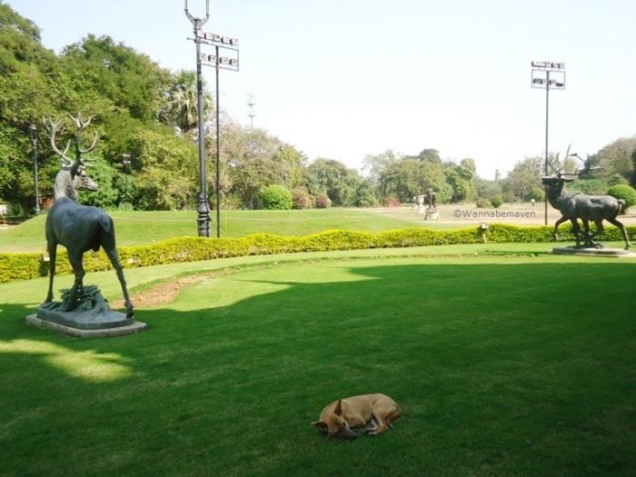 garden inside Laxmi Vilas Palace
