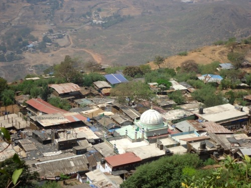 view of Haji Malang Dargah from Malangadd fort