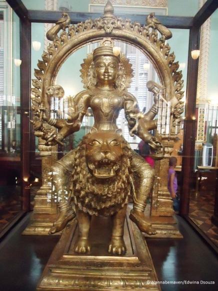 object inside Bhau Daji Lad museum