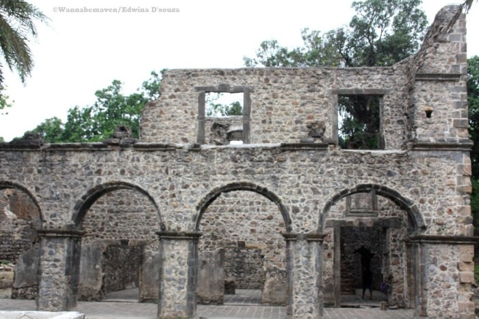 A structure inside Vasai fort